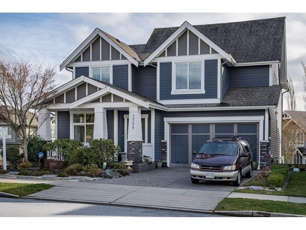 Main Photo: 7798 170 Street in Surrey: Fleetwood Tynehead House for sale : MLS®# R2433860