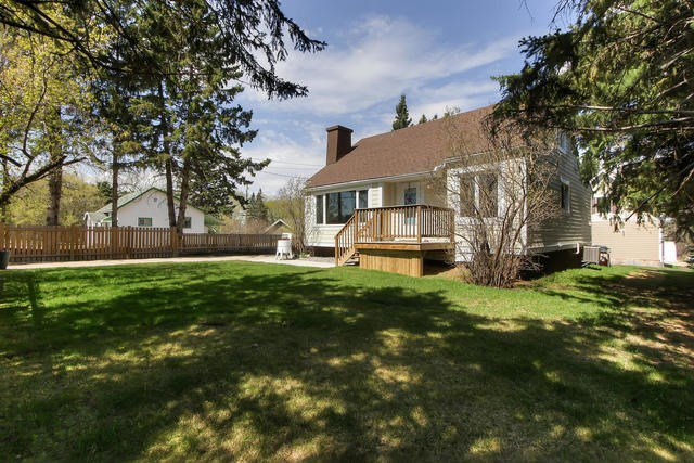 Main Photo: 4913 47 Avenue: Stony Plain House for sale : MLS®# E4198336