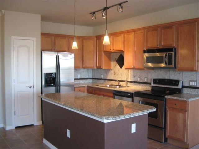Photo 3: Photos: 10176 Park Meadows Drive in Lone Tree: House Fourplex for sale : MLS®# 949009