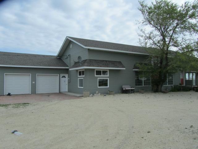 Main Photo: 60143 ROAD 11W Road in WINNIPEG: Elie / Springstein / St. Eustache Residential for sale (Winnipeg area)  : MLS®# 1209816