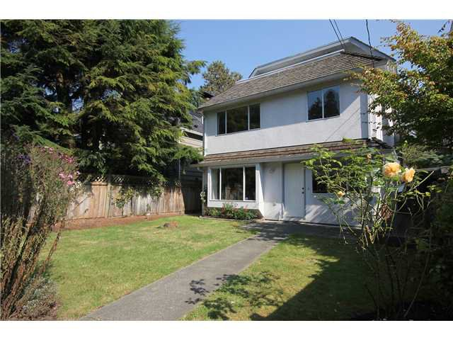 Photo 9: Photos: 6089 HOLLAND ST in Vancouver: Southlands House for sale (Vancouver West)  : MLS®# V973320
