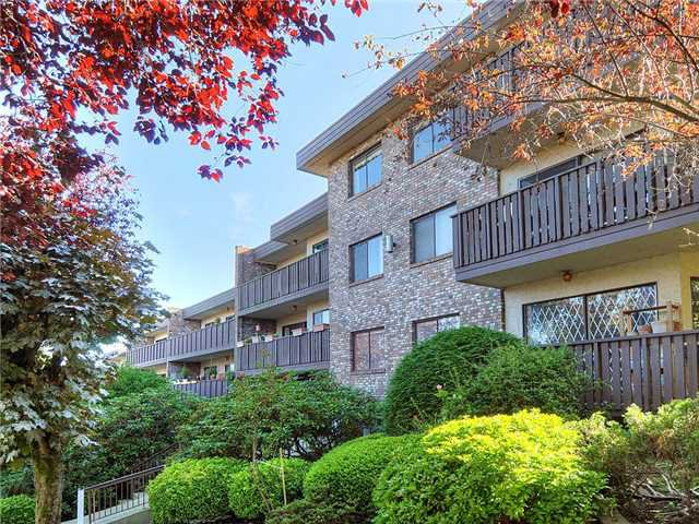 Main Photo: 101 930 E 7th Avenue in Vancouver East: Condo for sale : MLS®# V1138942