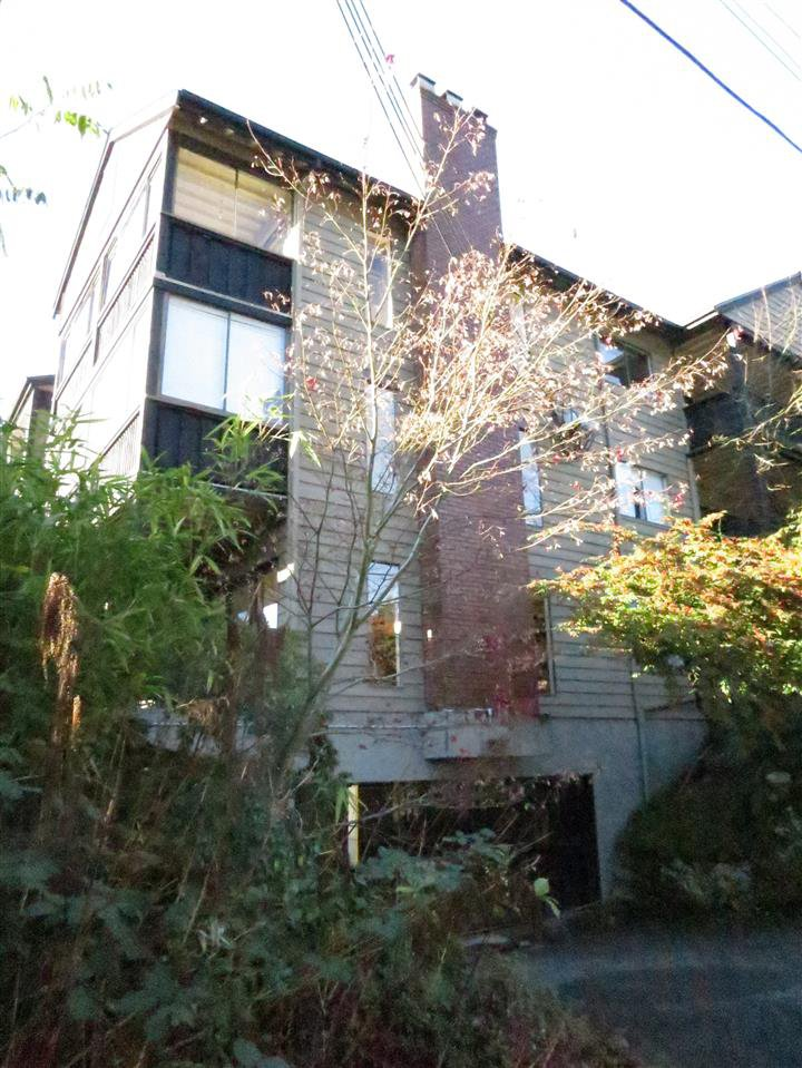Photo 12: Photos: 207 101 E 29TH STREET in North Vancouver: Upper Lonsdale Condo for sale : MLS®# R2017458