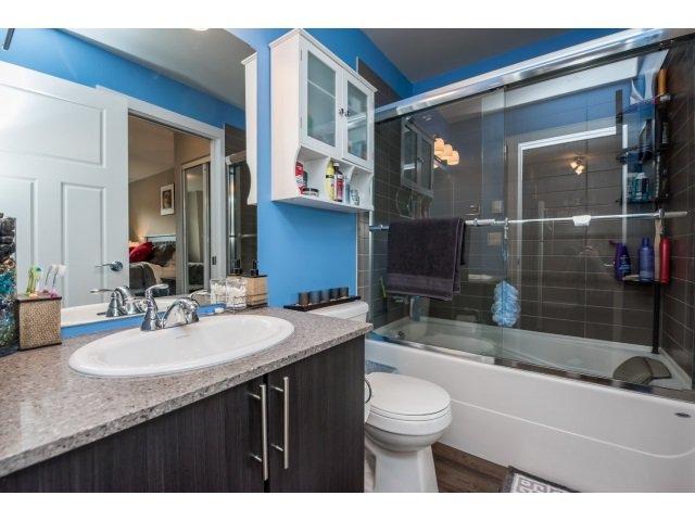 Photo 14: Photos: 401 2565 Campbell Avenue: Condo for sale (Abbotsford)  : MLS®# R2075391