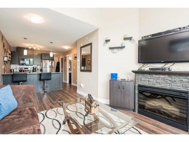 Photo 11: Photos: 401 2565 Campbell Avenue: Condo for sale (Abbotsford)  : MLS®# R2075391
