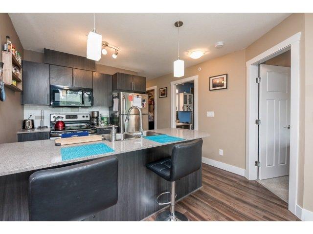Photo 5: Photos: 401 2565 Campbell Avenue: Condo for sale (Abbotsford)  : MLS®# R2075391