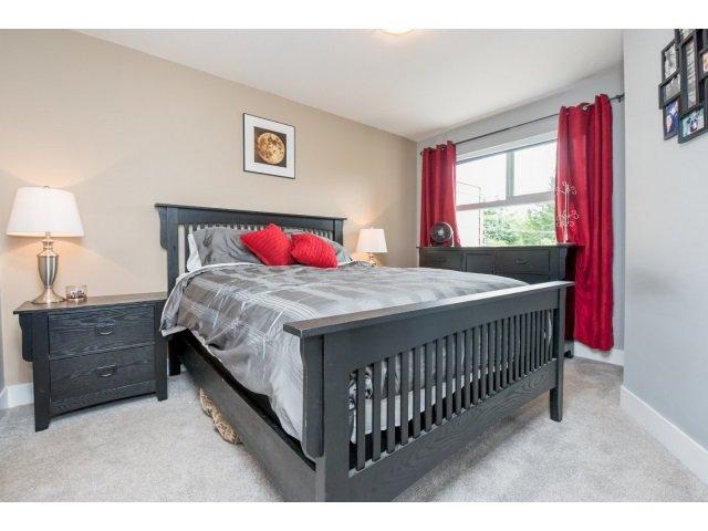 Photo 12: Photos: 401 2565 Campbell Avenue: Condo for sale (Abbotsford)  : MLS®# R2075391