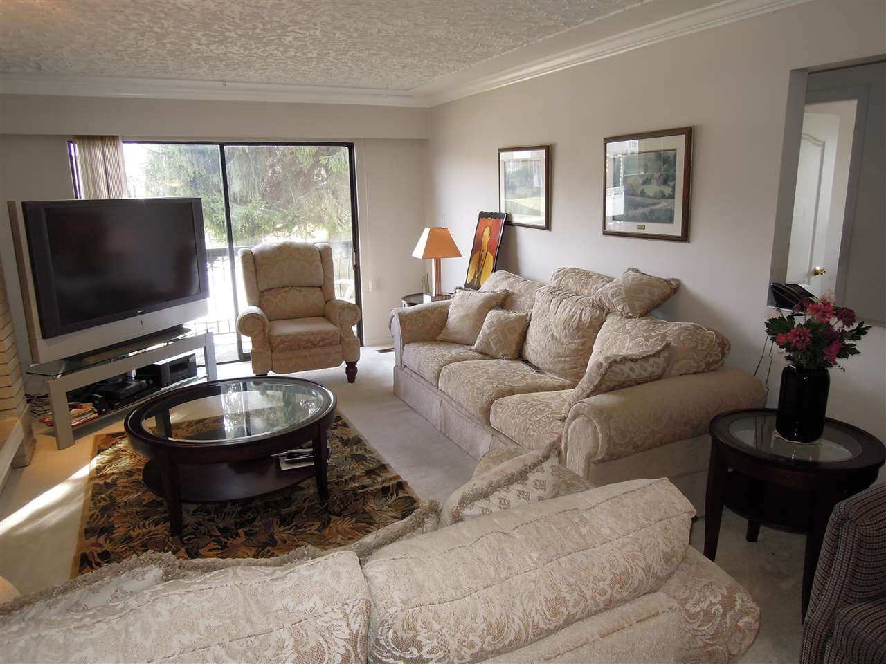 Photo 8: Photos: 3080 ROYAL OAK AVENUE in Burnaby: Central BN House 1/2 Duplex for sale (Burnaby North)  : MLS®# R2143810