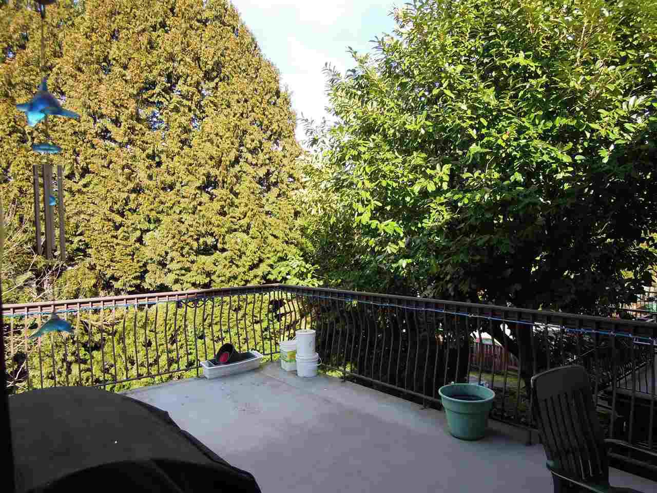 Photo 13: Photos: 3080 ROYAL OAK AVENUE in Burnaby: Central BN House 1/2 Duplex for sale (Burnaby North)  : MLS®# R2143810
