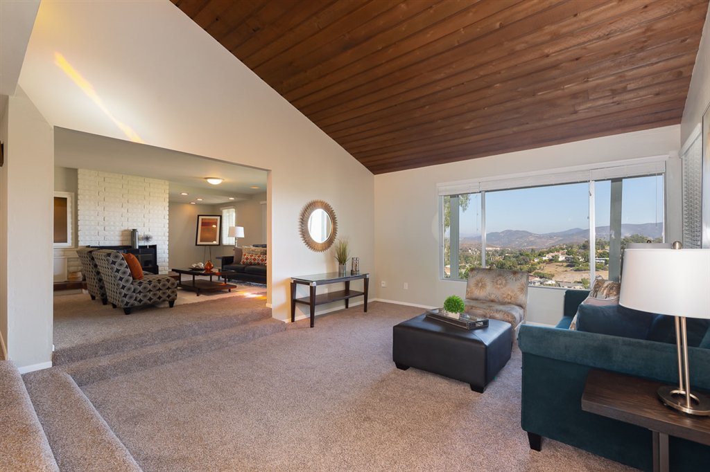 Main Photo: MOUNT HELIX House for sale : 4 bedrooms : 4255 Crestview Drive in La Mesa