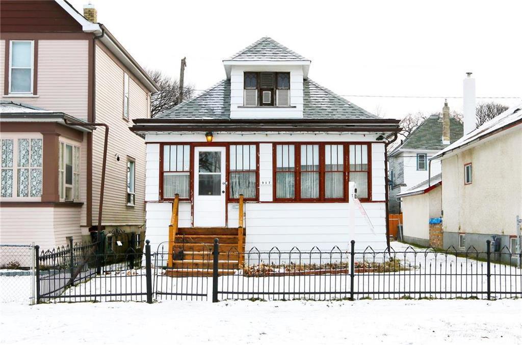 Main Photo: 917 Ingersoll Street in Winnipeg: West End Residential for sale (5C)  : MLS®# 1931885