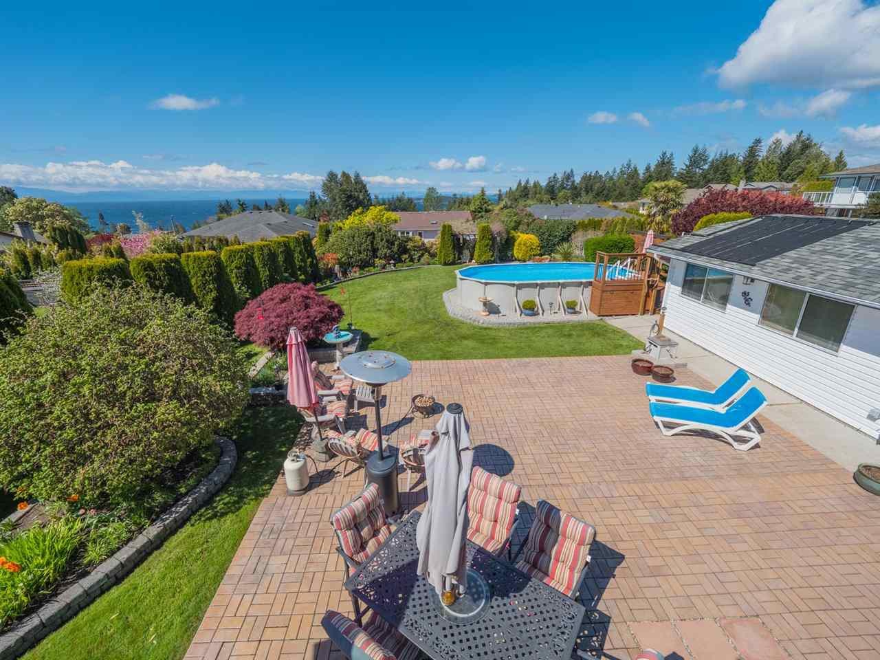 Photo 17: Photos: 4983 ARBUTUS Road in Sechelt: Sechelt District House for sale (Sunshine Coast)  : MLS®# R2427502