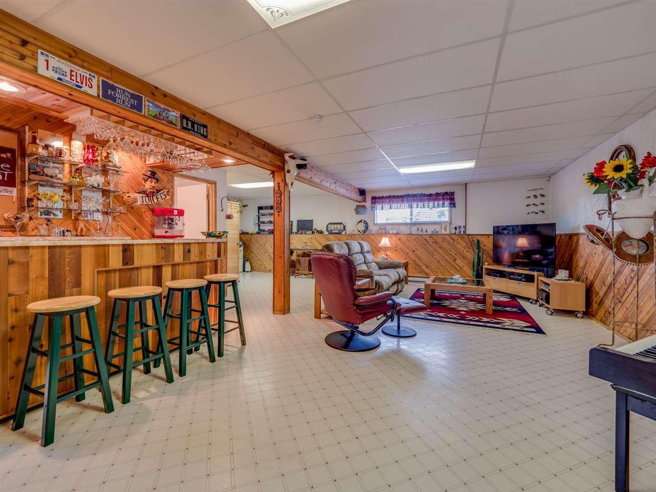 Photo 11: Photos: 4983 ARBUTUS Road in Sechelt: Sechelt District House for sale (Sunshine Coast)  : MLS®# R2427502