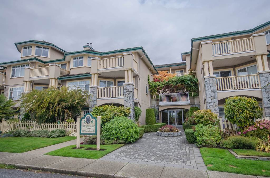 """Main Photo: 314 288 E 6TH Street in North Vancouver: Lower Lonsdale Condo for sale in """"McNair Park"""" : MLS®# R2445091"""