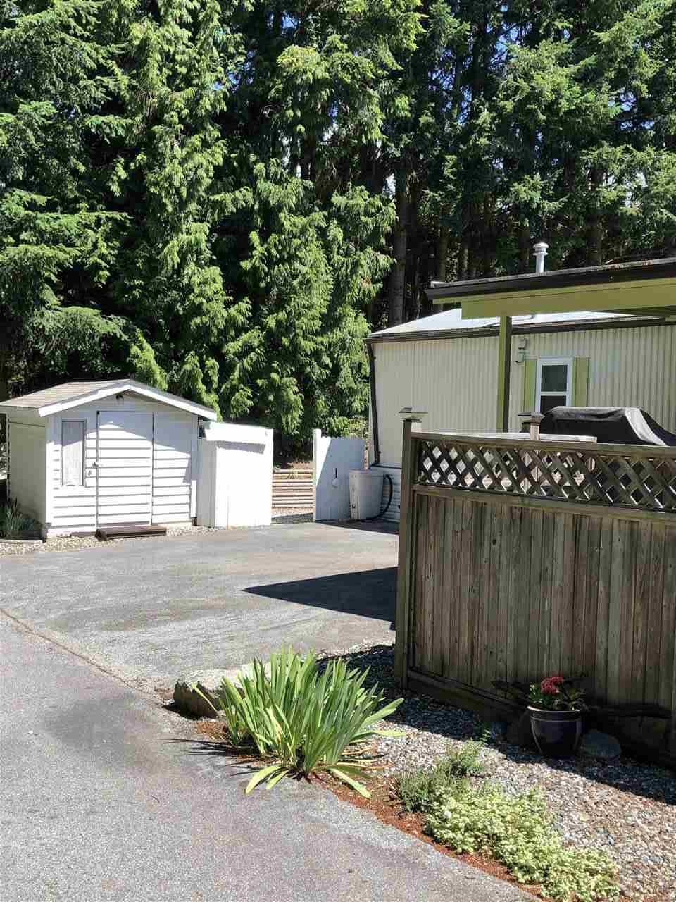 "Photo 4: Photos: 45 4116 BROWNING Road in Sechelt: Sechelt District Manufactured Home for sale in ""ROCKLAND WYND"" (Sunshine Coast)  : MLS®# R2472545"