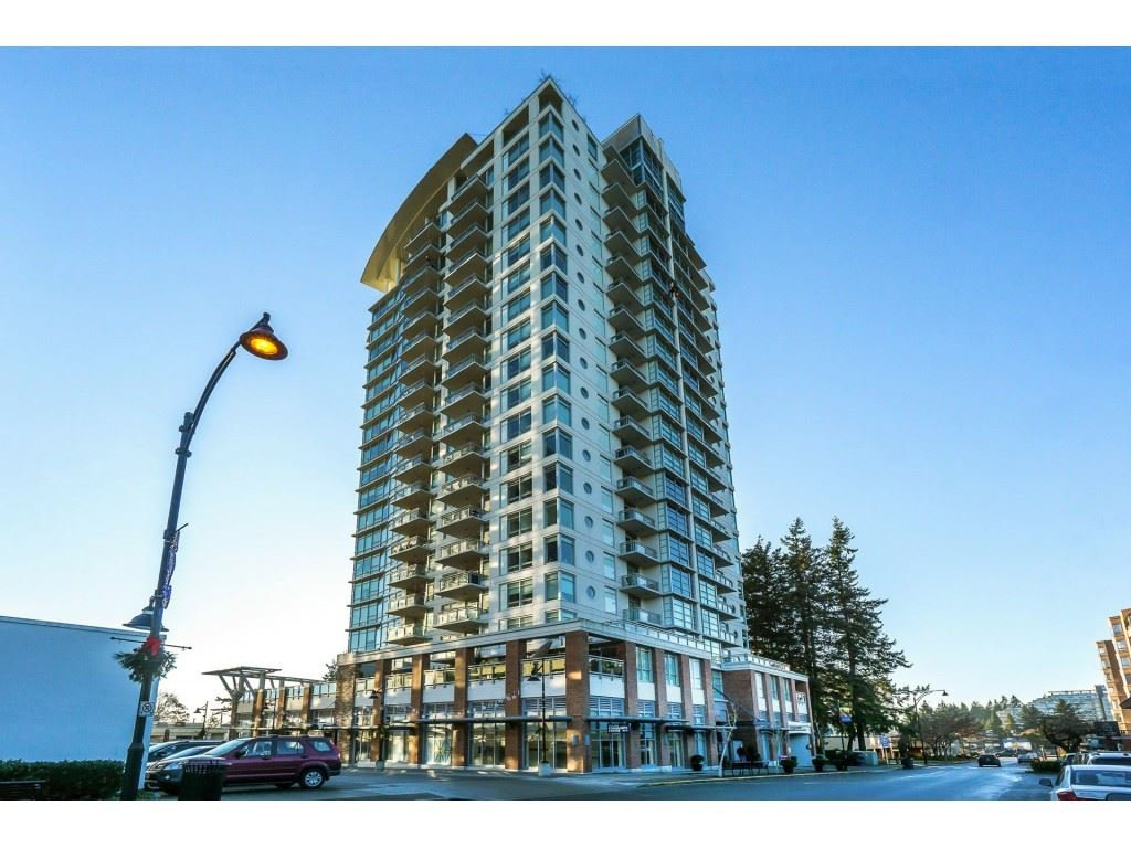 "Main Photo: 702 15152 RUSSELL Avenue: White Rock Condo for sale in ""Miramar"" (South Surrey White Rock)  : MLS®# R2504973"