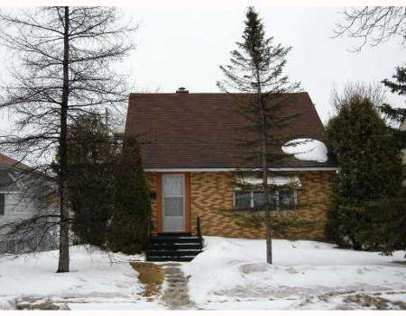 Main Photo: 403 TINNISWOOD ST.: Residential for sale (North End)  : MLS®# 2804804
