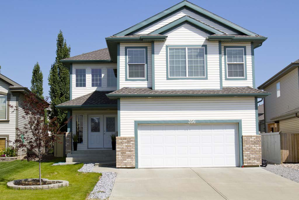 Main Photo: 356 Calderon Cr NW: Edmonton House for sale
