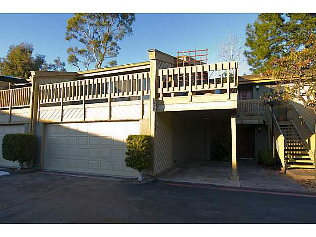Main Photo: LA JOLLA Townhome for sale : 2 bedrooms : 8364 VIA SONOMA #C