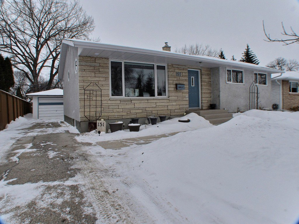 Main Photo: 151 Frasers Grove in : Fraser's Grove Residential for sale (North East Winnipeg)  : MLS®# 1503754