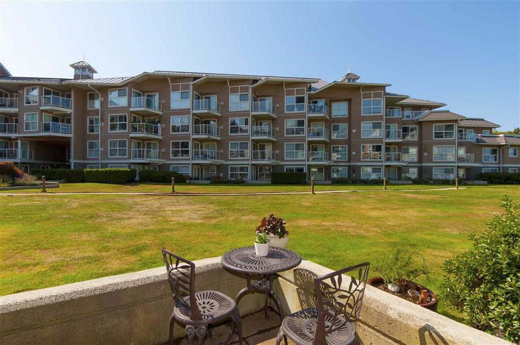 Main Photo: 121 5880 Dover Crescent in Richmond: Riverdale RI Condo for sale : MLS®# R2202372