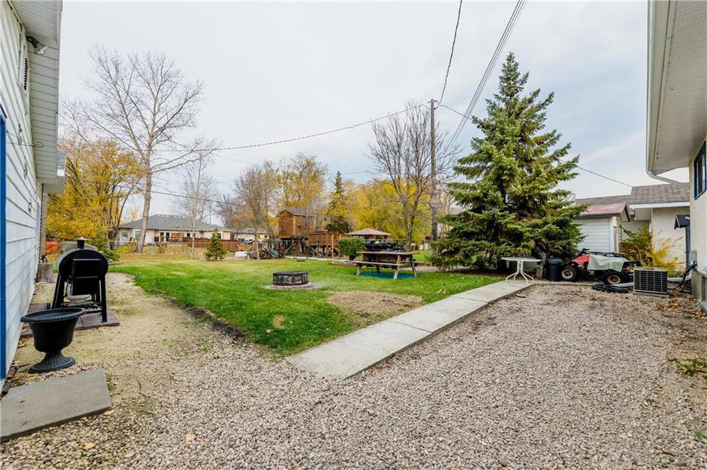 Photo 22: Photos: 17 DEMERS Street in Ste Anne: R06 Residential for sale : MLS®# 202025793