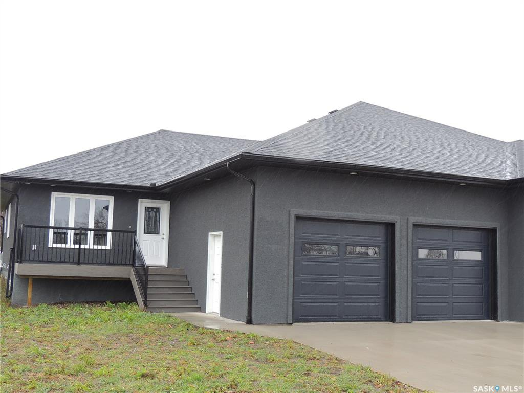 Main Photo: 302 Hammett Bay in Bienfait: Residential for sale : MLS®# SK834901
