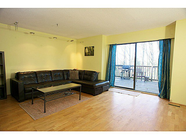 """Main Photo: 865 OLD LILLOOET Road in North Vancouver: Lynnmour Townhouse for sale in """"LYNNMOUR VILLAGE"""" : MLS®# V991952"""