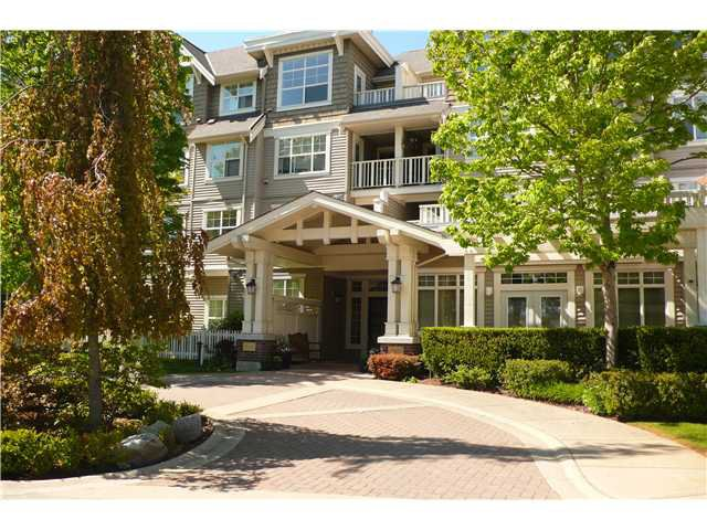 "Main Photo: 414 960 LYNN VALLEY Road in North Vancouver: Lynn Valley Condo for sale in ""BALMORAL HOUSE"" : MLS®# V1006025"