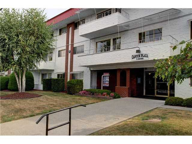 """Main Photo: 301 12096 222ND Street in Maple Ridge: West Central Condo for sale in """"CANUCK PLAZA"""" : MLS®# V1019171"""