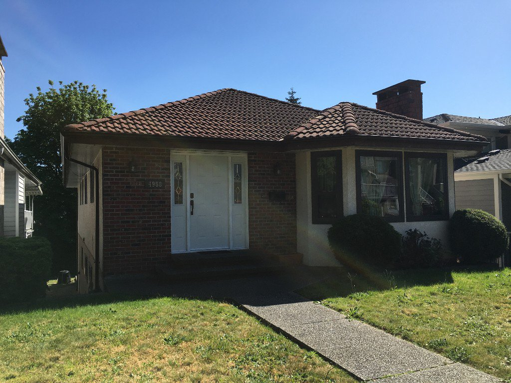 Main Photo: 4968 Clinton Street in Burnaby: South Slope House for sale (Burnaby South)  : MLS®# R2062457