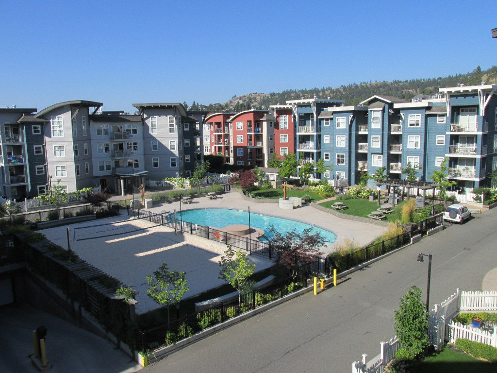 Main Photo: #303 567 Yates Road in Kelowna: North Glenmore Condo for sale : MLS®# 10116617