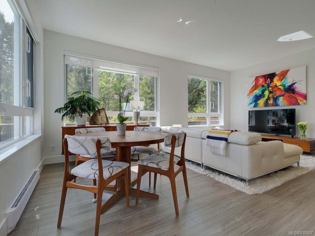 Main Photo: 101 960 Reunion Ave in Langford: La Langford Proper Condo for sale : MLS®# 838807
