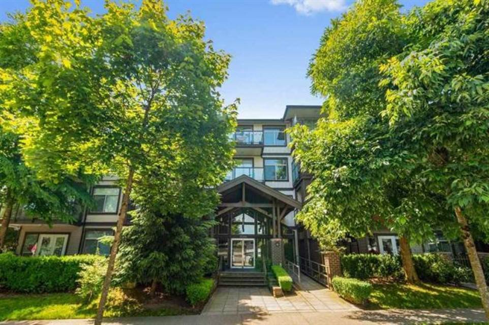 """Main Photo: # 412 15388 101 Avenue in Surrey: Guildford Condo for sale in """"Ascada"""" (North Surrey)  : MLS®# R2509512"""