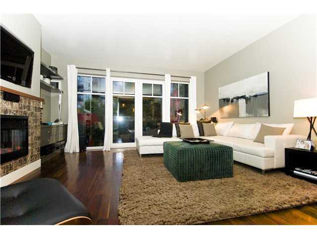 "Main Photo: 209 1275 HAMILTON Street in Vancouver: Yaletown Condo for sale in ""THE ALDA"" (Vancouver West)  : MLS®# V941280"