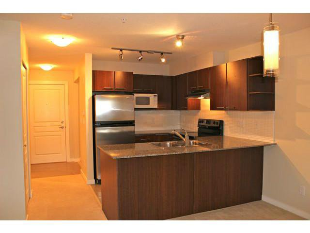 """Main Photo: 114 4728 BRENTWOOD Drive in Burnaby: Brentwood Park Condo for sale in """"VARLEY"""" (Burnaby North)  : MLS®# V995826"""