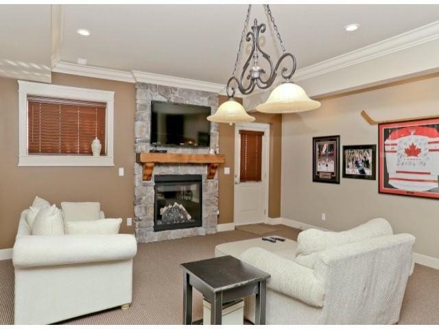 """Photo 17: Photos: 4701 238TH Street in Langley: Salmon River House for sale in """"Strawberry Hills"""" : MLS®# F1314952"""