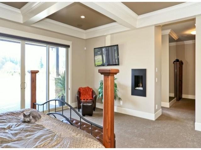 """Photo 13: Photos: 4701 238TH Street in Langley: Salmon River House for sale in """"Strawberry Hills"""" : MLS®# F1314952"""