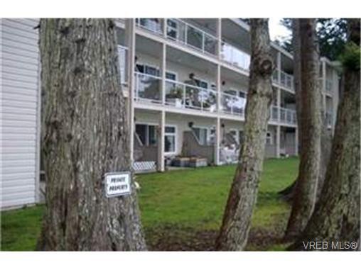 Main Photo: 3 1976 Glenidle Rd in SOOKE: Sk Billings Spit Condo Apartment for sale (Sooke)  : MLS®# 331631