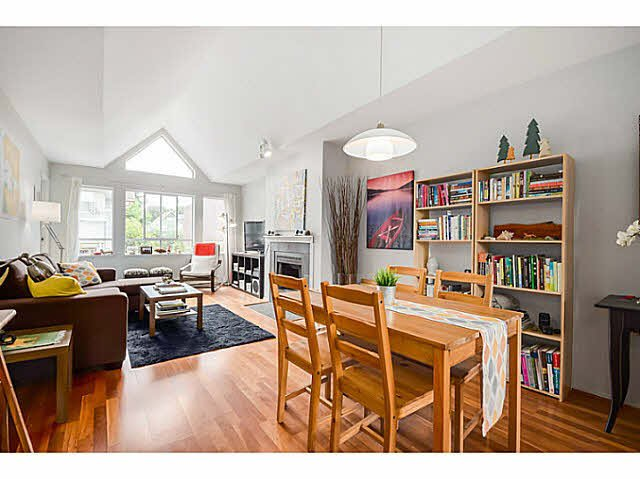 """Main Photo: 307 1876 W 6TH Avenue in Vancouver: Kitsilano Condo for sale in """"Heritage at Cypress"""" (Vancouver West)  : MLS®# V1078889"""