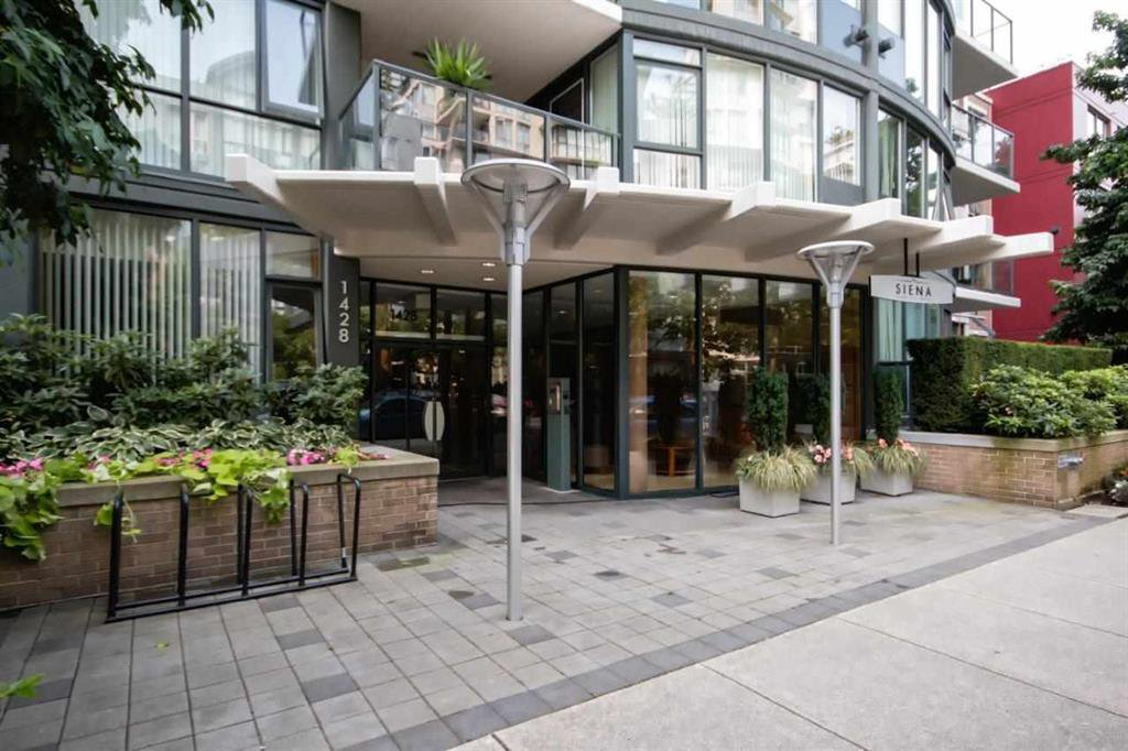 Main Photo: 304 1428 W 6TH AVENUE in VANCOUVER: Fairview VW Condo for sale (Vancouver West)  : MLS®# R2027533