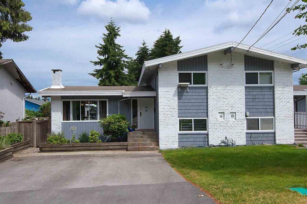 Photo 1: Photos: 11957 92 Avenue in Delta: Annieville House 1/2 Duplex for sale (N. Delta)  : MLS®# R2080462