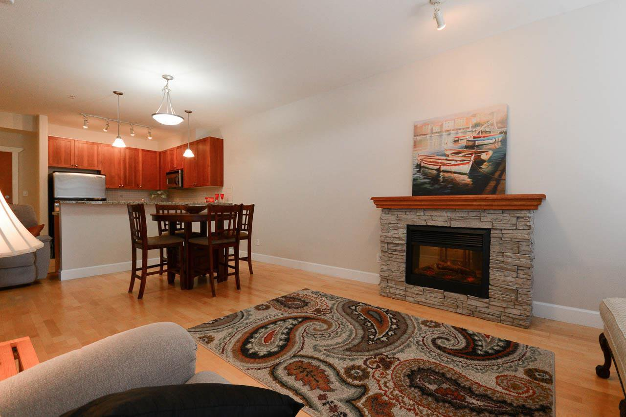 Photo 4: Photos: 319 4280 MONCTON STREET in Richmond: Steveston South Condo for sale : MLS®# R2096749