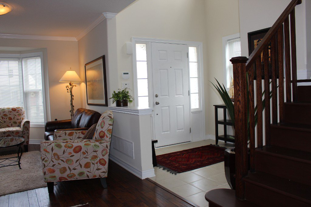 Photo 3: Photos: 1 Maple Blvd in Port Hope: Residential Detached for sale : MLS®# 510641231
