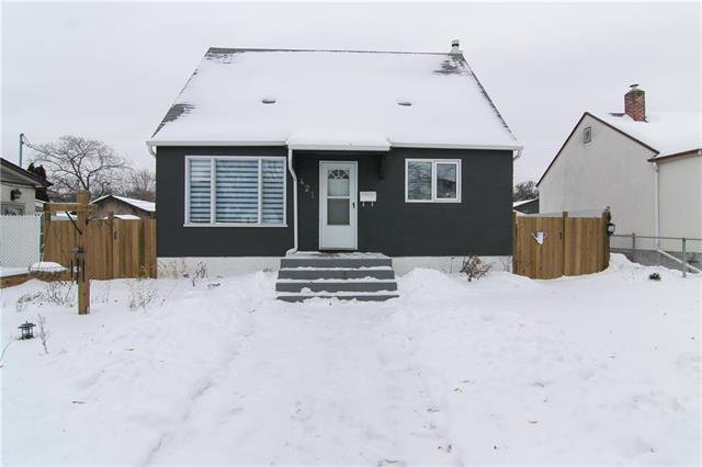 Main Photo: 421 Kildarroch Street in Winnipeg: Single Family Detached for sale (4C)  : MLS®# 1900740