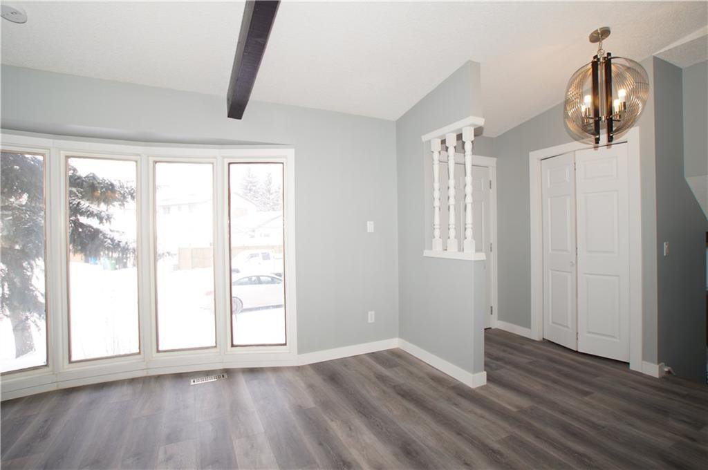 Photo 15: Photos: 56 TEMPLEWOOD RD NE in Calgary: Temple House for sale : MLS®# C4232506