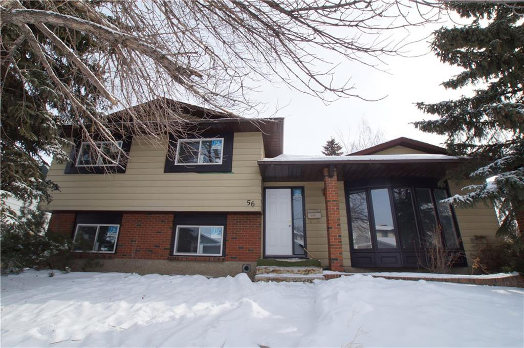 Photo 2: Photos: 56 TEMPLEWOOD RD NE in Calgary: Temple House for sale : MLS®# C4232506
