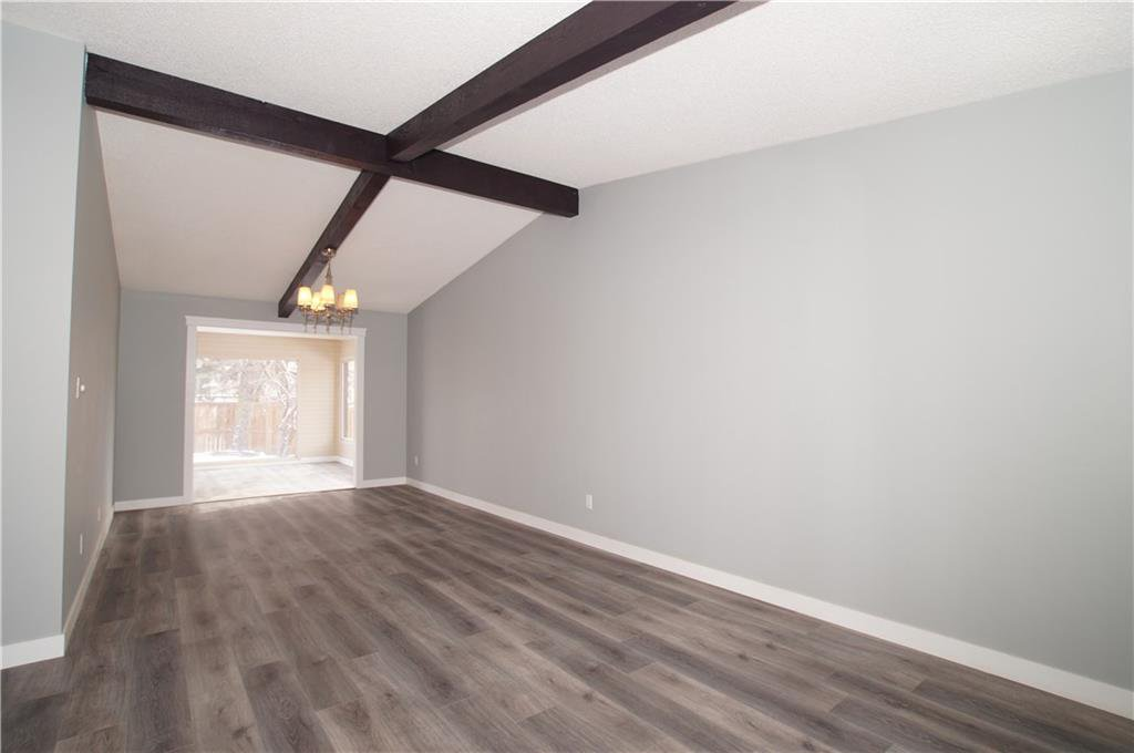 Photo 12: Photos: 56 TEMPLEWOOD RD NE in Calgary: Temple House for sale : MLS®# C4232506