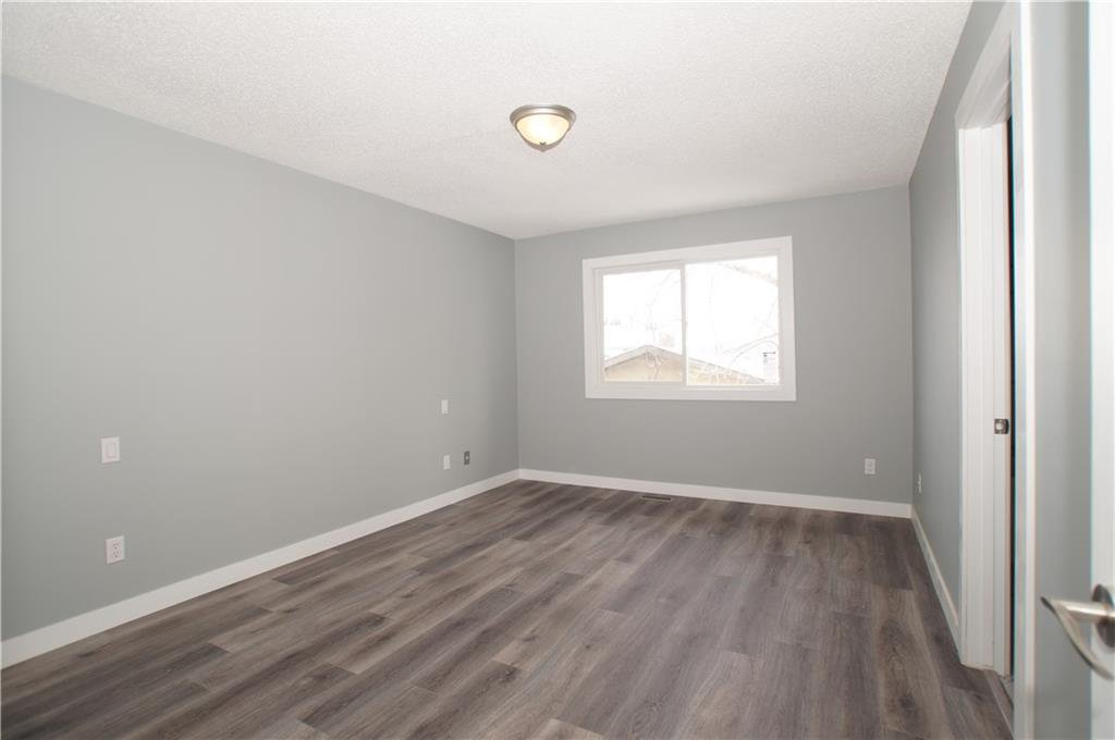 Photo 24: Photos: 56 TEMPLEWOOD RD NE in Calgary: Temple House for sale : MLS®# C4232506