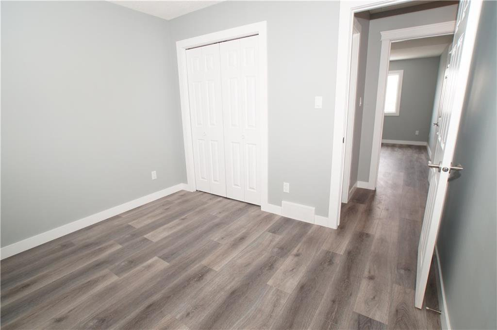 Photo 29: Photos: 56 TEMPLEWOOD RD NE in Calgary: Temple House for sale : MLS®# C4232506